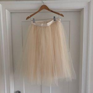 Anthropologie tulle skirt cream. Size 10